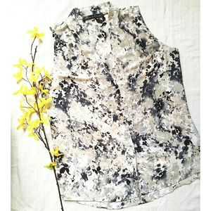SALE 2 for 30 Sleeveless blouse Size M NWOT